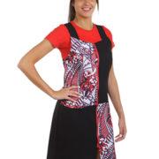 Pichi negro combinado con estampado abstracto en tonos blancos, rojos y negros.