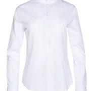 Camisa o blusa de señora de manga larga con cuello mao en color blanco.