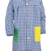 Batapara niño/a de cuadros grandes, combinada con bolsillos lisos de colores y vivo del cuello en color contraste.