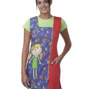Bata profesora sin mangas en rojo con dibujo de una niña sobre fondo de números.